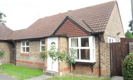 Photo of Weylea Avenue, Burpham, Guildford